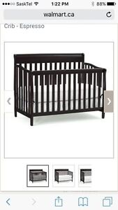 Crib set with mattress and bedding