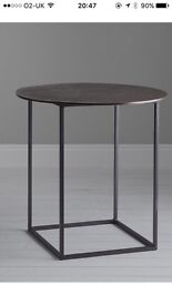 Boxed new content fusion round side table