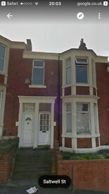 3 Bedroom upper Flat to let. Bensham. £450 per month. Saltwell Street NE8