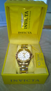 NEW Invicta Men's 8938 Pro Diver Collection Gold-Tone Watch $195