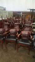 Outfit Your Restaurant with Restaurant Dining Tables/Chairs