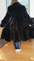 Manteau a vison pour femme/ Mink coat for woman