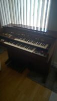 YAMAHA Electone Electric Organ - Reduced