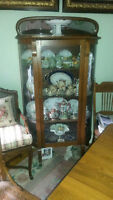 Antique Canadiana 1910 Glass Cabinet - Buffet Vintage