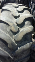 19.5L-24 Used backhoe tire
