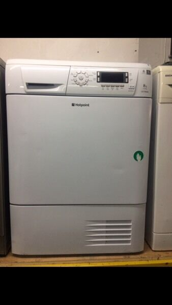 White hotpoint 8kg digital screen display condenser dryers good condition with guarantee bargain