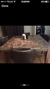 Granite dining table $500  Cambridge Kitchener Area image 2