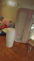 Barrierre de securite +poubelle a couches