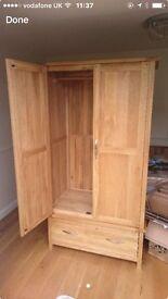 Seeking bedroom oak furniture