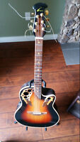Ovation electric acoustic ( Made in USA ) with amp