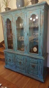 Beautiful China Cabinet  West Island Greater Montréal image 1