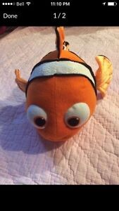 Finding Nemo noise making Plush LIKE NEW London Ontario image 1