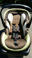 Safety 1st onBoard air car seat / siege d'auto