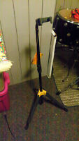 NEW Heavy Duty Guitar Stand