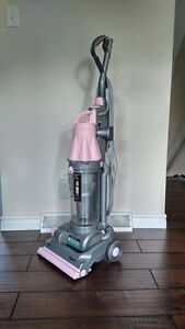 Dyson DC07 Pink Edition (Breast Cancer awareness)