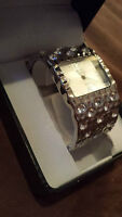 TO SELL FAST!!! Sterling Silver Tone Swarovski Crystal Cuff