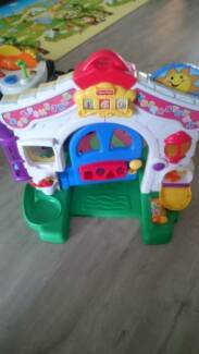 Fisher-Price Laugh & Learn Learning Home - Interactive Door