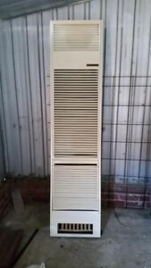 Wall gas heater Pearce Woden Valley Preview