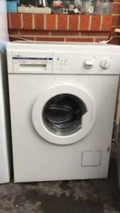 5.5 kg italy name front washing mahcine