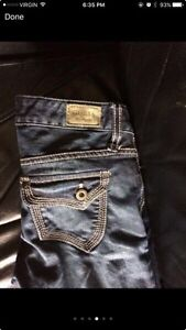 Woman's guess jeans St. John's Newfoundland image 3