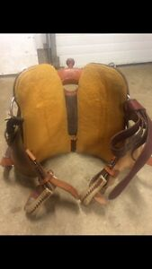 Western saddle for sale-MUST go!!!