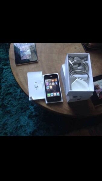 iPhone 4s 16gig Vodafone lebara talk talk networks