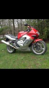 2000 triumph tt600