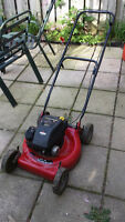 """Murray Select 20"""" Push Lawn Mower with Briggs & Stratton Engine"""