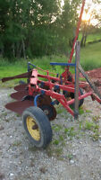 International 3 Furrow Drag Plow