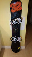 RIDE 2015 Machete Snowboard (152) with RIDE 2015 Rodeo Bindings