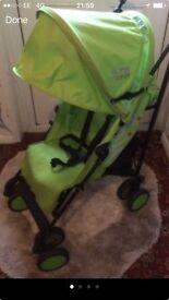 Zeta citi pushchair with raincover