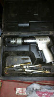 Snap On HD Air Hammer with quick chuck and bits