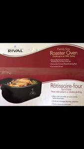 Rival crockpot/roaster oven (NEW IN BOX)