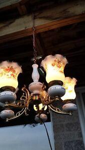 Vintage Solid brass chandelier-porcelan-glass- wired for 120V West Island Greater Montréal image 2