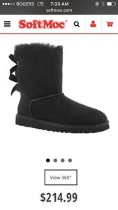 UGGS size 7 Boot