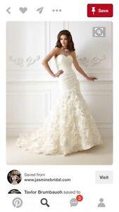 Jasmine Wedding Gown  Peterborough Peterborough Area image 1