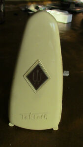 Taktell Piccolo Wittner Metronome, Ivory, West Germany