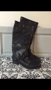 Brand new falls boots size 10W