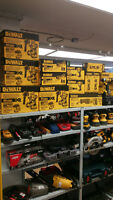 LIQUIDATION KIT DEWALT 20 V XR  4AMP BRUSHLESS DCK296M2