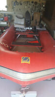Zodiac Inflatable boat with 30 hp Yamaha motor - PRICE REDUCED