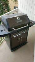 Master Forge Propane BBQ with Tank - 60,000 BTU