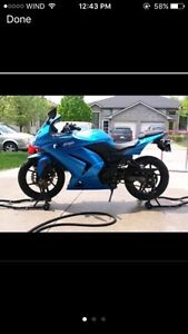 2010 Ninja 250r Cambridge Kitchener Area image 2