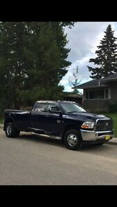 2012 Dodge Ram 3500st dually 4x4 (Financing available)