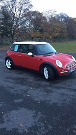 Mini Cooper 1.6... FULL MOT ... Colour coded roof,mirrors and wheels.... £2100 Ono