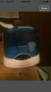 Humidifier humidificateur West Island Greater Montréal image 1