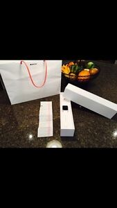 Apple Watch Sport 32 mm with lots of extras!!