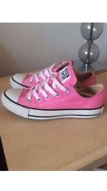Pink converse size 4