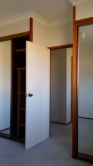 Room Available in Townhouse Share in Swinger Hill Phillip Woden Valley Preview