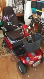 Mobility Gopher Shop Rider Scooter - Very Good Condition