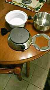 Home Presence Warming Dish/ Fondue Pot